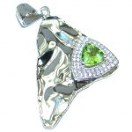 Authentic Peridot hammered .925 Sterling Silver handcrafted Pendant