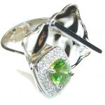 So In Love!! Green Peridot Quartz Sterling Silver Ring s. 7 – Adjustable